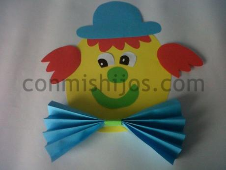 Payaso decorativo. Adorno de Carnaval para niños