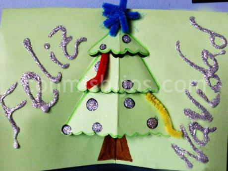 Tarjeta de felicitación de Navidad. Manualidades para niños