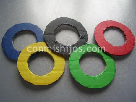 Anillos olímpicos. Manualidad decorativa para niños