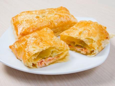 Hojaldre relleno de salm n recetas para ni os for Platos sencillos para cocinar