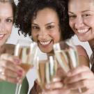 Brindis, tarjeta virtual de fiesta gratuita