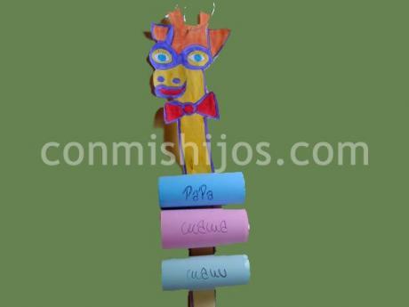 Jirafa portamensajes. Manualidades de animales para los niños