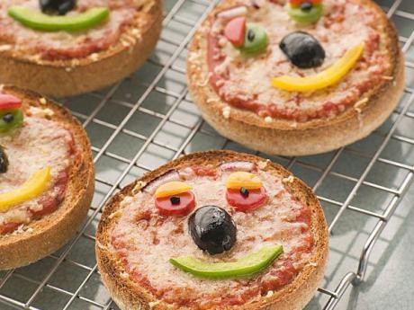 Mini pizzas para niños. Recetas infantiles