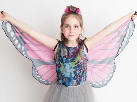 Disfraz de mariposa. Manualidad de Carnaval para niños