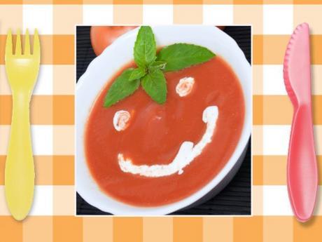 Sopa de tomate. Recetas rápidas para niños