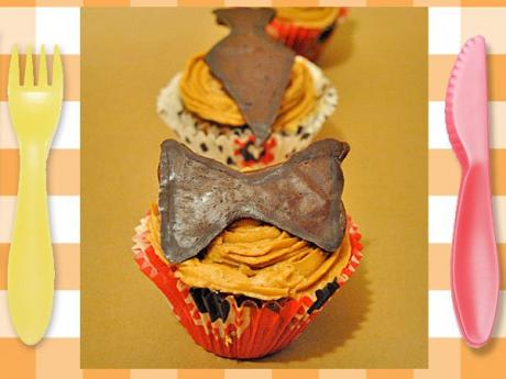 Cupcakes de café con pajarita. Receta para niños