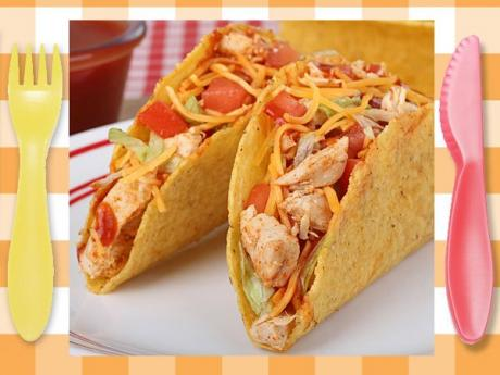 Tacos de pollo. Receta mexicana para niños