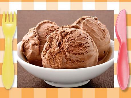 Helado de chocolate fácil para niños
