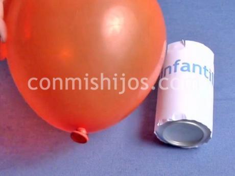 Carrera de latas con globos. Experimentos divertidos para niños