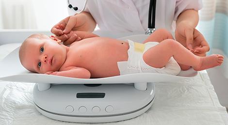 cuanto peso un bebe de 1 año 9 meses