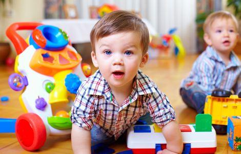Juguetes Para Bebes De 20 Meses.Como Estimular A Bebe De 19 Meses Jugando