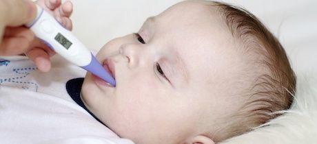 como bajar l fiebre de un bebe