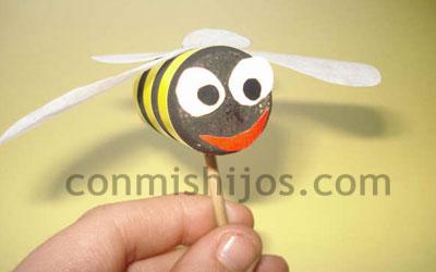Abeja gigante Manualidad de insectos para nios