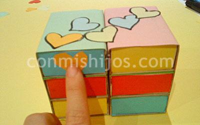 Manualiades infantiles. Joyero de cartón. Paso 5