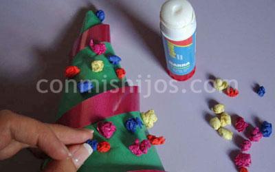 Mini rbol de navidad manualidades para ni os - Manualidades de navidad para ninos paso a paso ...