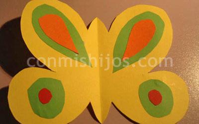 Mvil de mariposas Manualidades infantiles de cartulina