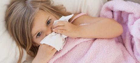 como curar un catarro en niños