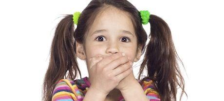 como eliminar la halitosis en niños