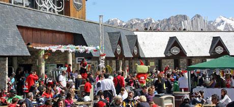 Skity formigal parque infantil en la nieve para ni os for Jardin de nieve formigal