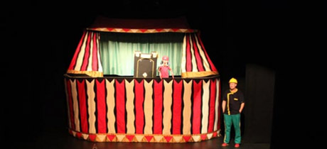 El pequeño circo de Renato Carolini