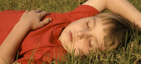 Ventajas de la siesta en niños y adultos